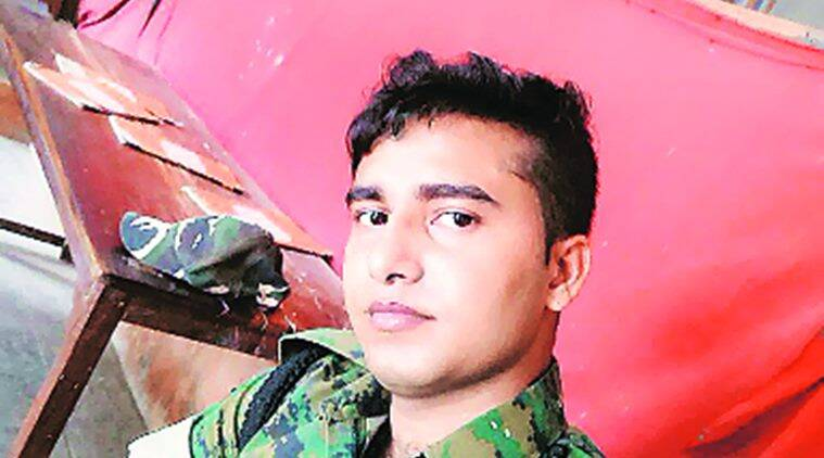 Man posing as Army officer dupes 30-year-old of Rs 40,000, two held