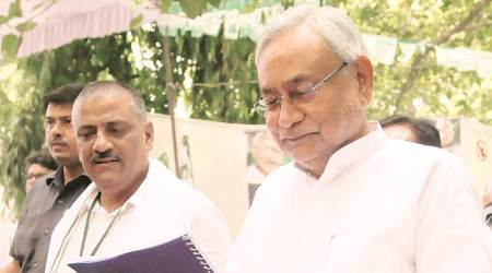 Giriraj's meeting with riot accused 'unacceptable', says Nitish, BJP MLC accuses him ofappeasement