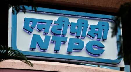 ntpc worker sets arm on fire, greater noida, National Thermal Power Corporation, uttar pradesh news, indian express