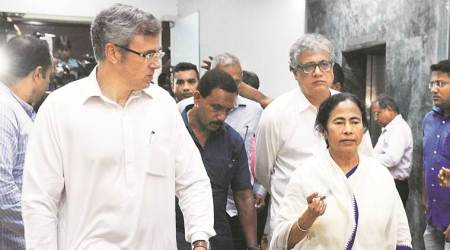 Omar meets Mamata, says parties will have to set aside differences
