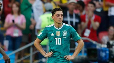 Mesut Ozil being made a scapegoat, should quit German national squad, says player'sfather