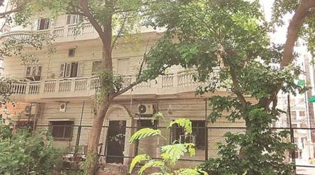 Delhi: 50-year-old, his wife, mother beaten up at home byrobbers