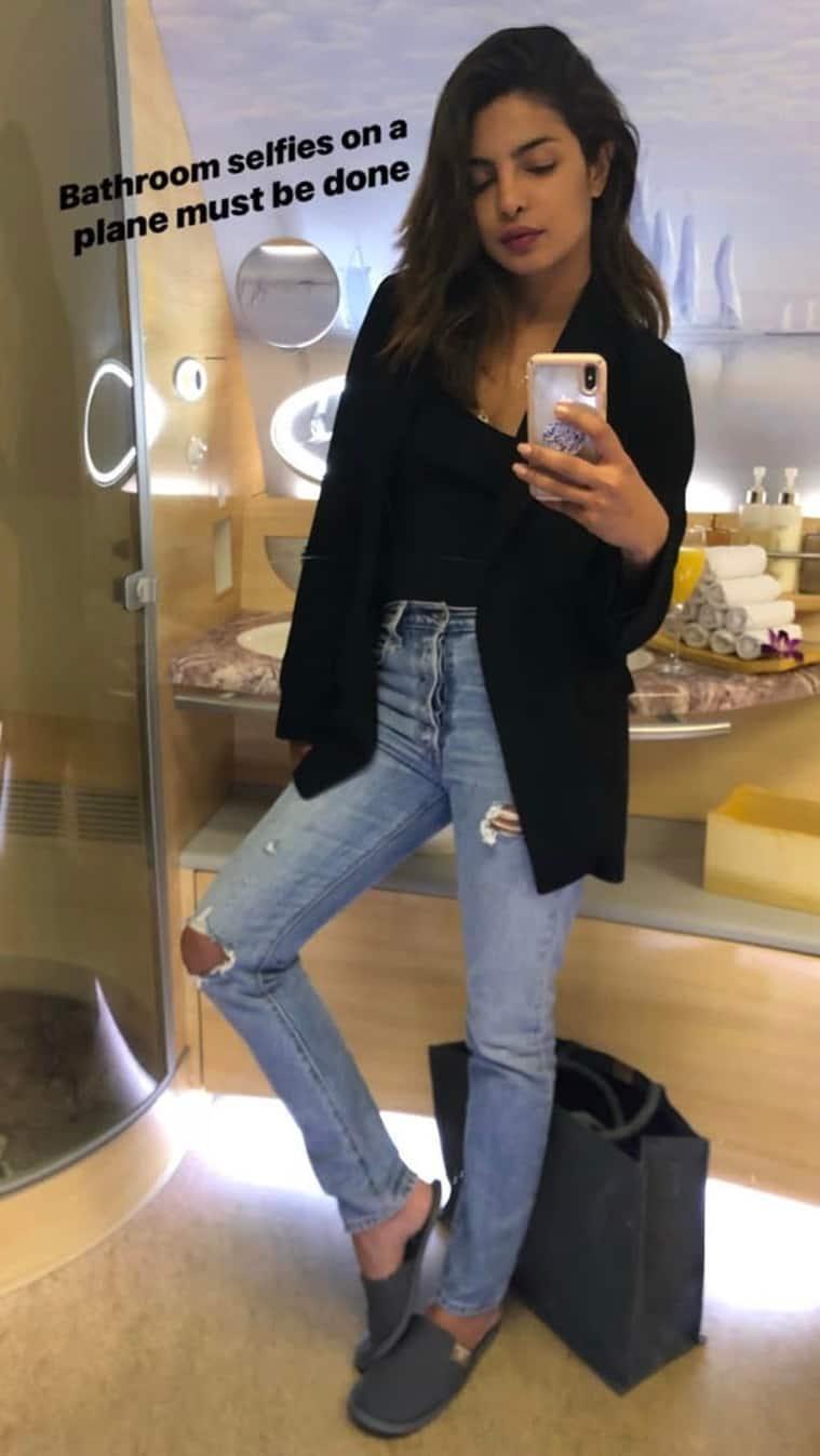 priyanka chopra selfie