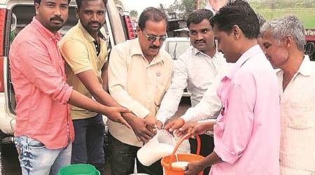Day 2 of milk strike: Situation slightly better, but Mumbai and Pune may facescarcity