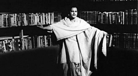 pyaasa guru dutt song inspired by national anthem