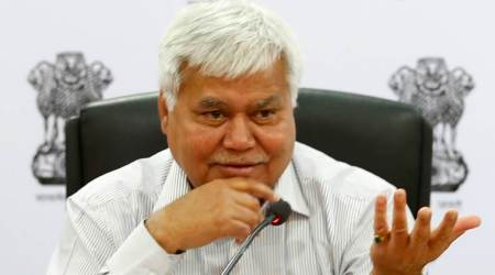 TRAI chief info not from Aadhaar database: UIDAI