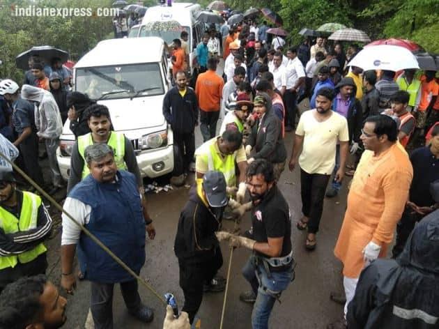 raigad bus accident, bus accident raigad, ndrf, Dr Balasaheb Sawant Konkan Agriculture University, agriculture university bus accident, maharashtra news