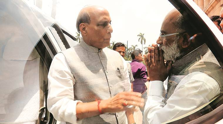 Home Minister Rajnath Singh with colleague K J Alphons. (Photo: Renuka Puri/File)