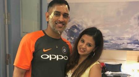 MS Dhoni's wife Sakshi thanks him for 'making lifebeautiful'