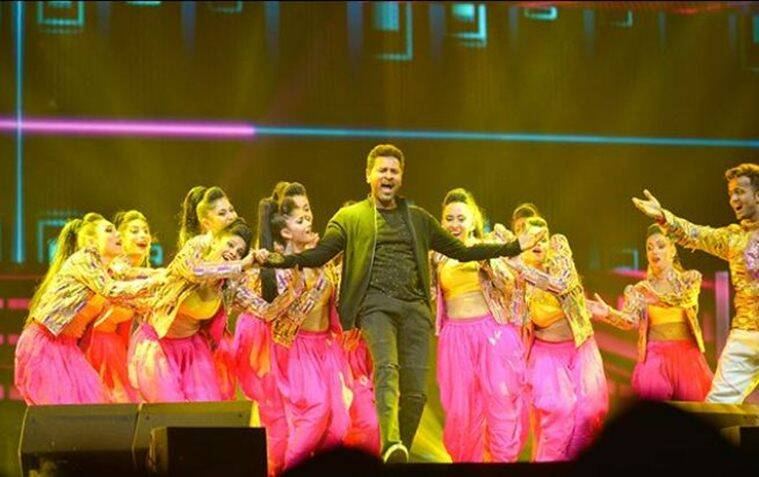 prabhudheva dances at dabangg tour