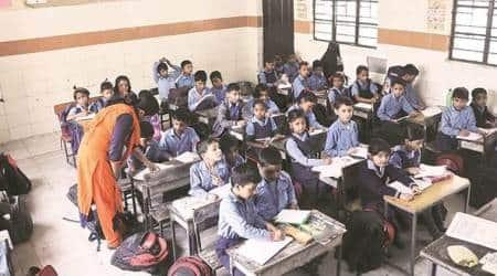 delhi civic body schools, delhi government schools, delhi schools no notebooks, delhi ndmc schools, delhi schools books, books shortage in delhi schools, delhi municipal corporation, education news