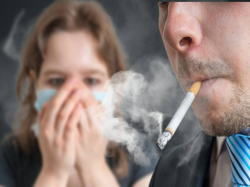 passive smoking causes infertility in men and women