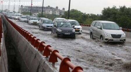 Heavy showers in Delhi, traffic severely hit