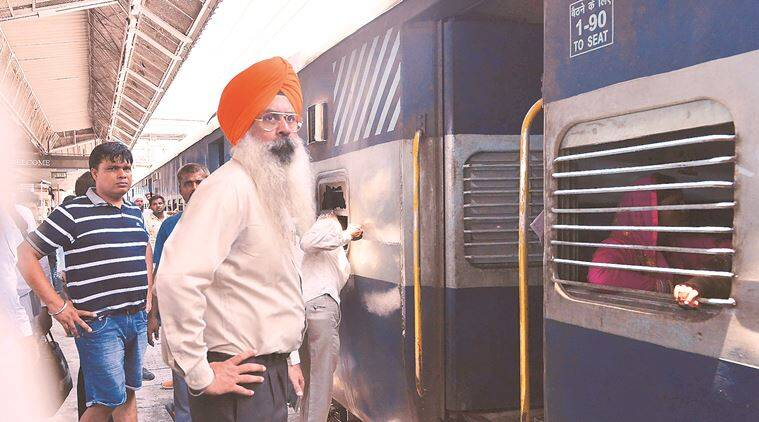 Amritsar-Lalkuan Express catches fire in Ambala Cantt, no casualty