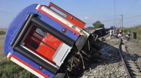 Turkey derailment: At least ten killed, 73 wounded as train destined to Istanbul derails after heavy rain and landslide