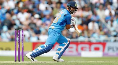 India vs England 3rd ODI, Live Cricket Score Streaming, Ind vs Eng Live Score: MS Dhoni, Hardik Pandya in the middle as India struggle