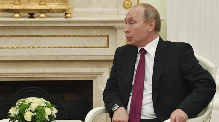 Vladimir Putin, Vladimir Putin Russia, Russia Vladimir Putin, Qatari Emir Sheikh Tamim bin Hamad al-Thani, FIFA World Cup 2018, sports news, football, Indian Express