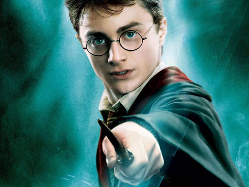 The World Wishes Harry Potter A Happy 38th Birthday