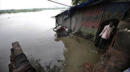 Govt sounds alert as Yamuna level touches danger mark
