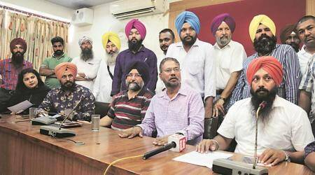 Khaira hits out at AAP brass, alleges 'deal' with Cong to oust him as Leader ofOpposition