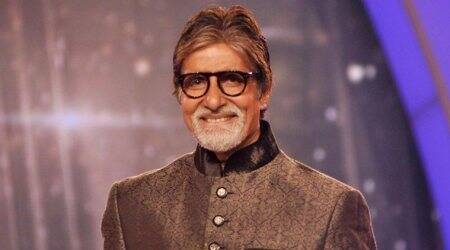 Amitabh Bachchan to start shooting for Sairat director's Hindi debut in November