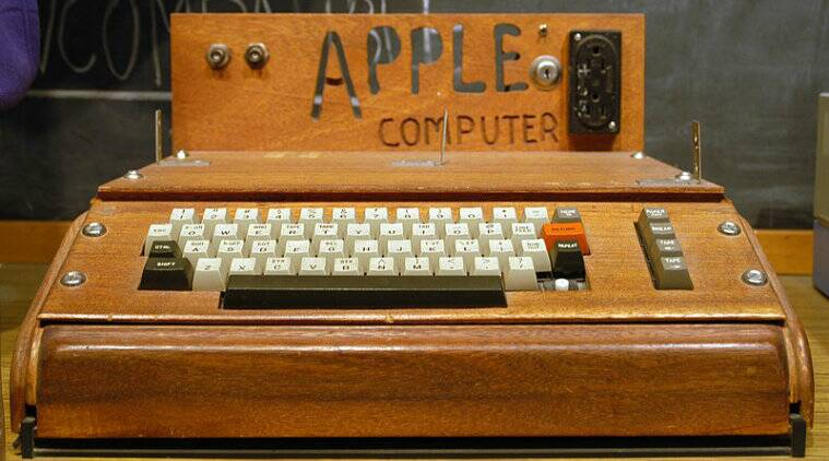 Functioning Apple computer built in 1970s is up for auction