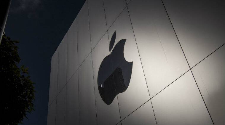 Nellis, Technology, Apple Inc., Economy of the United States, Business, Nellis Tavern, augmented reality hardware, Longmont, magic leap, Tim Cook, CEO, Apple Inc, Greg Mitchell, iPhone, facial recognition, mass manufacturing, technology