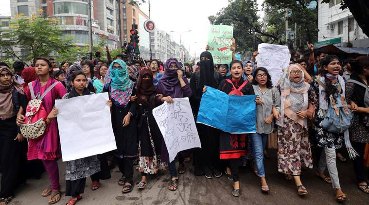Protest in Dhaka over traffic deaths