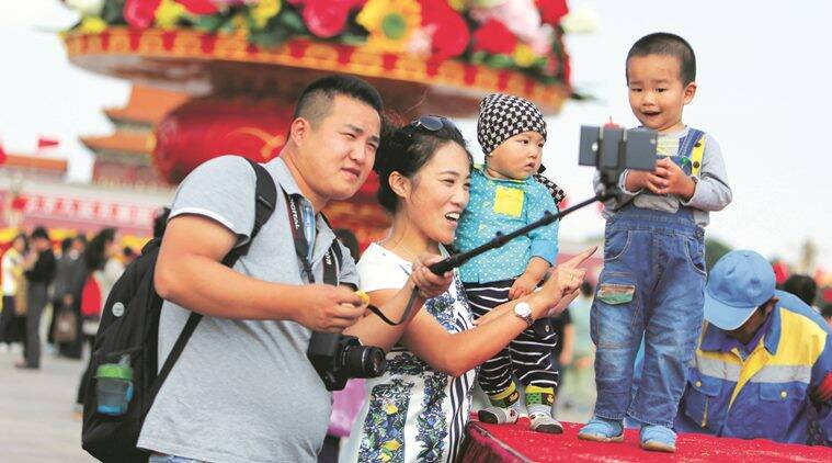 Chinese given the right to larger families, but few interested