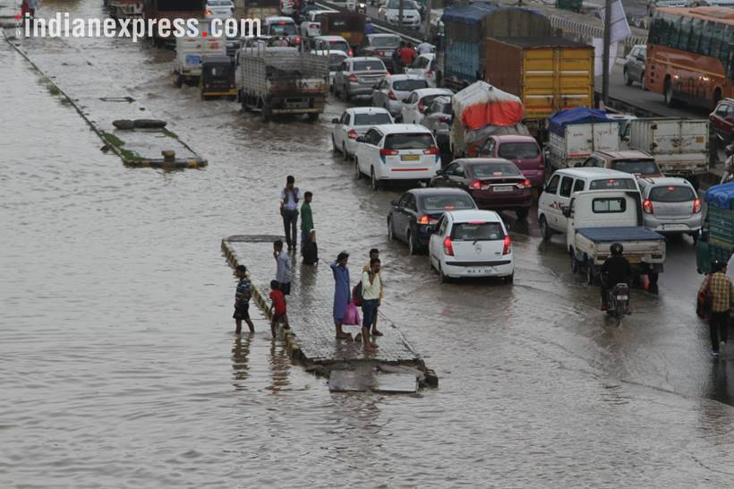 Heavy rains cause waterlogging, disrupt transport in Gurgaon
