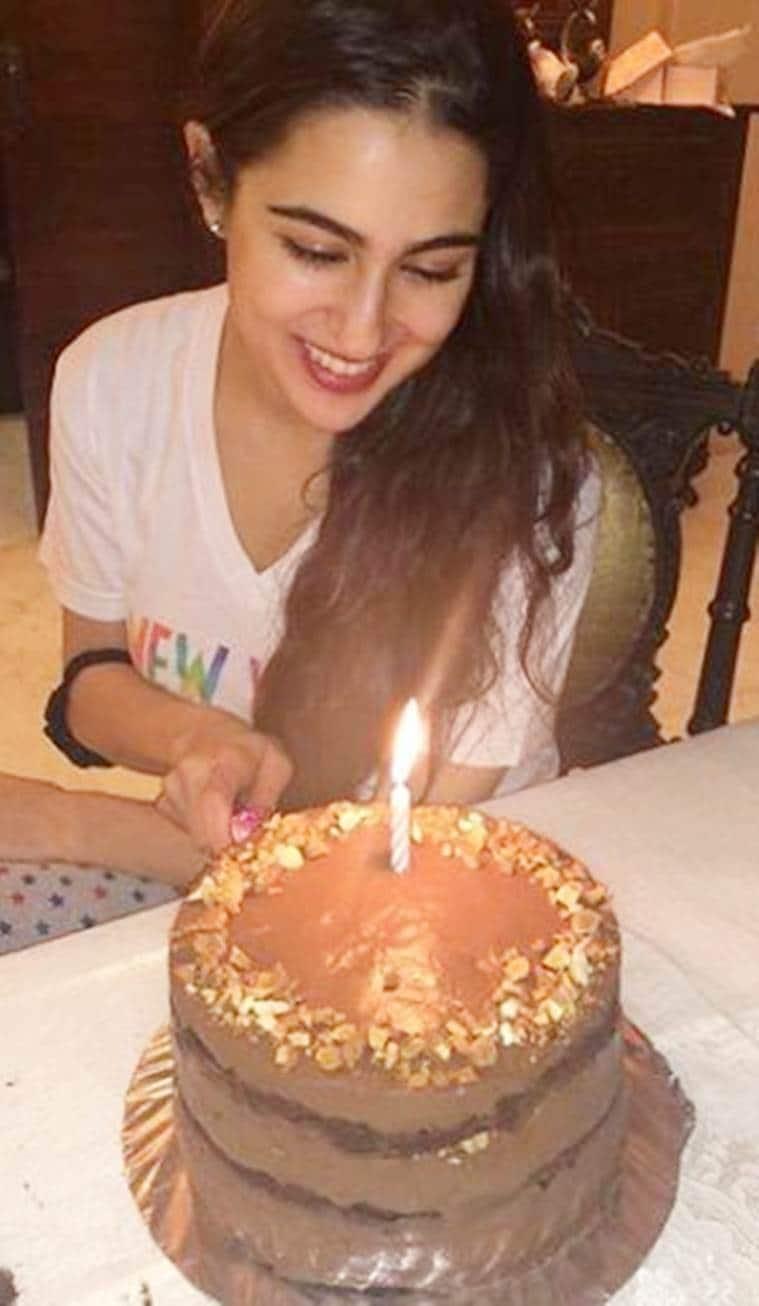sara ali khan birthday cake