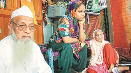 Gujarat: Dead man's family calls encounter 'staged', plans to move HC for probe