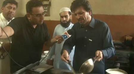 Gul Zafar Khan had claimed to make tea at a hotel in Rawalpindi before he was given ticket by Imran Khan's party. (Photo: Geo News screen grab)