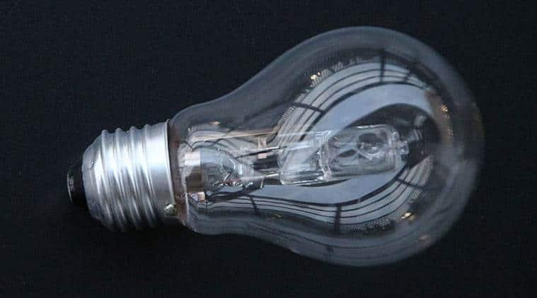 Des Pour À Européenne Halogène De Ampoules L'union L'interdiction 6ygIYfvmb7