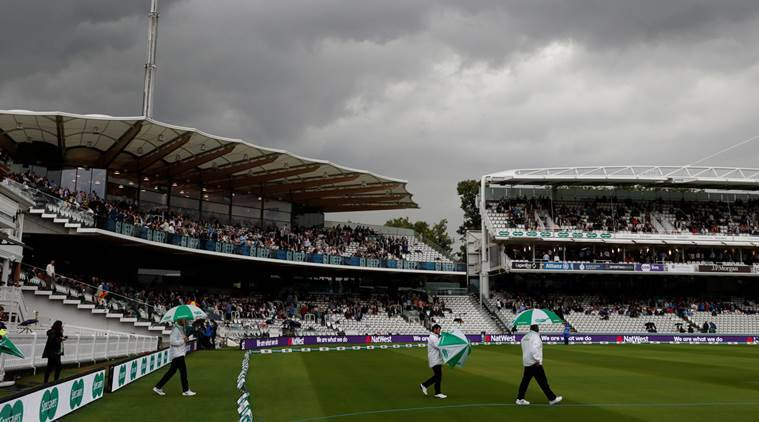 Rain washes out first day in Lord's Test