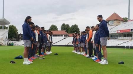 Team India holds two minutes silence in tribute to former captain Ajit Wadekar