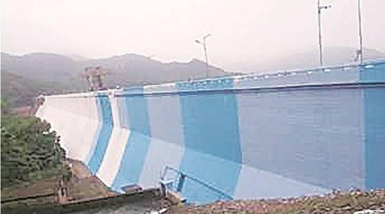 BJP sees red as Mamata government paints Jharkhand's Massanjore dam blue and white