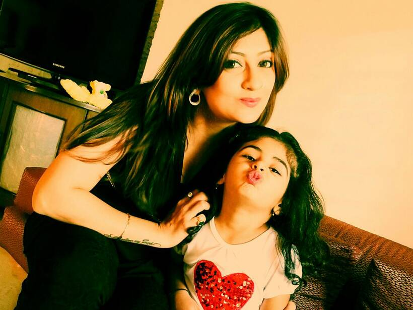 Juhi Parmar with daughter Samairra