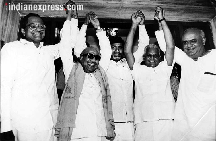 karunanodhi, karunanidhi death, karunanidhi burial, Karunanidhi politics, Karunanidhi lalu prasad yadav, ram vilas paswan, Mulayam Singh Yadav, india news, indian express