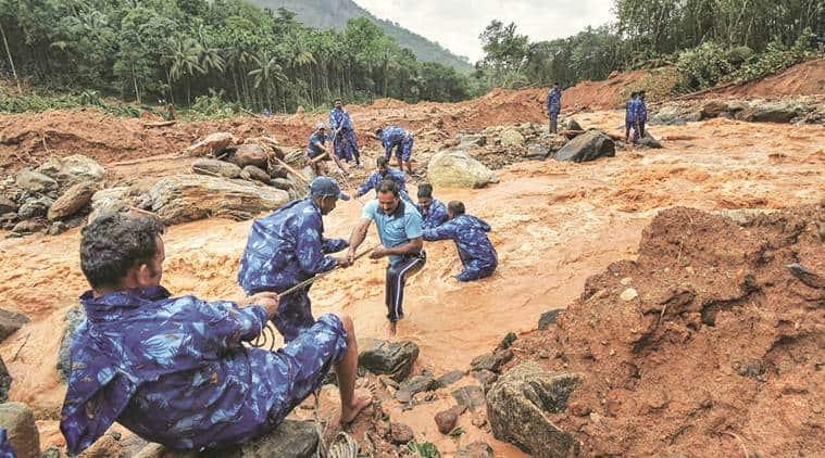 Kerala floods, Kerala rains, Kerala dam, Kerala floods reason, Kerala rains and floods, Kerala rescue, Pinarayi Vijayan, idukki, kerala landslide, Indian Express