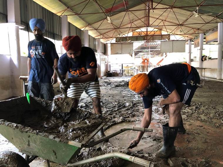 Kerala Floods: After church, Sikh volunteers take on temple cleaning on priest's request