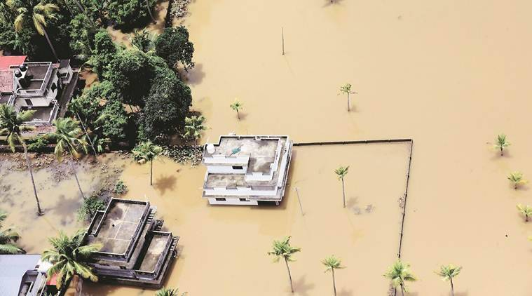 Kerala floods, Kerala floods updates, Kerala rains, Chengannur, Ernakulam, Aluva, Wayanad, Kerala rains and floods, Kerala rescue, Pinarayi Vijayan, idukki, IMD, kerala landslide, Indian Express