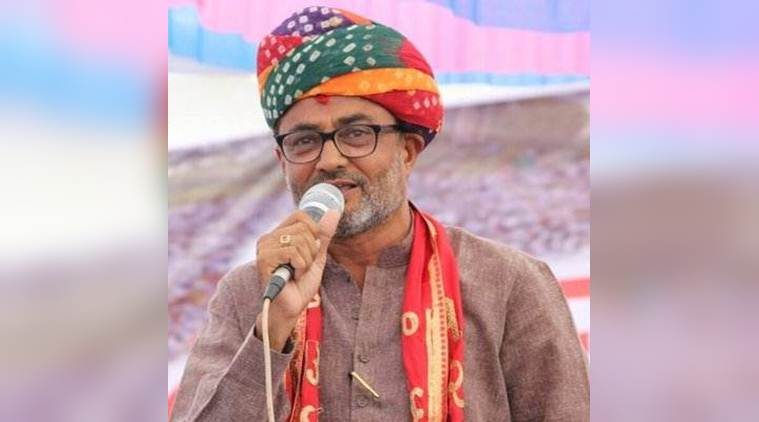 Gujarat Cong MLA on way for 'jal samadhi' detained with Hardik