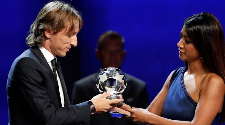 Ronaldo's agent blasts UEFA for awarding Modric best player award