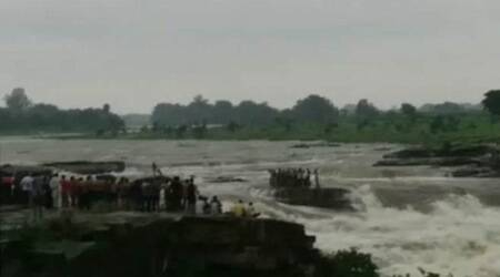 Madhya Pradesh: Eight swept away during I-Day picnic at waterfall, 45 rescued