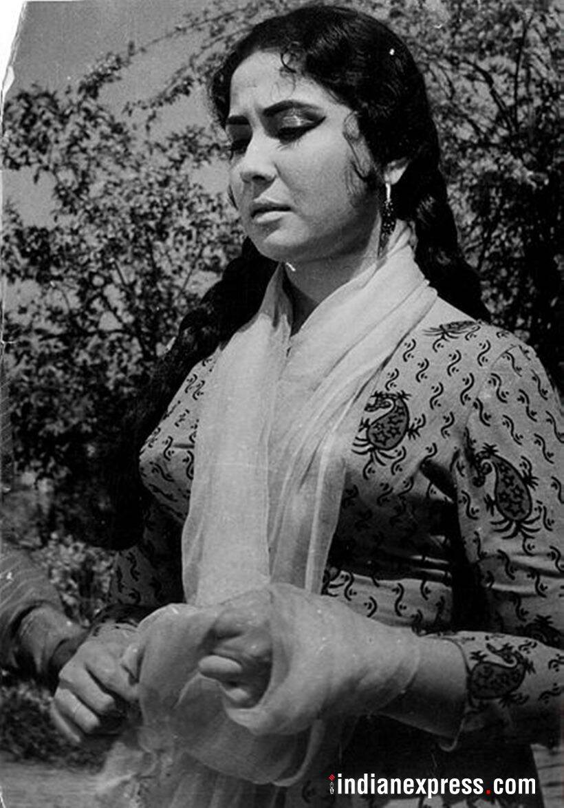 remembering meena kumari