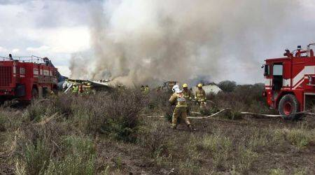 All survive crash of Mexican jetliner, some walk fromwreck