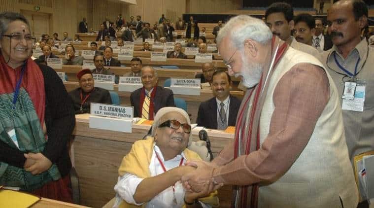 karunanidhi dead, karunanidhi death, karunanidhi passes away, narendra modi on karunanidhi, narendra modi, ram nath kovind, Rahul gandhi, karunanidhi funeral date, karunanidhi, karunanidhi dead reactions