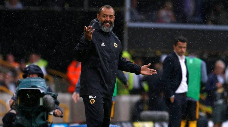 Wolverhampton Wanderers manager Nuno Espirito Santo gestures during the match against Everton