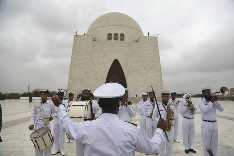 With gun salutes, Pakistan marks 71 years of independence